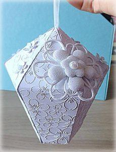 Bomboniera Matrimonio scatolina lanterna bianca fiore glitterato 6