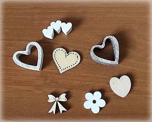 Oggettini in legno decorazioni rose decorazioni per creare una bomboniera su misura 2