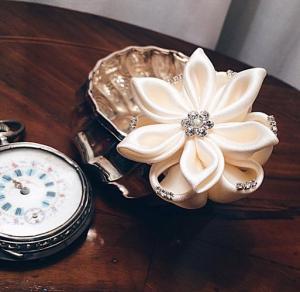 accessorio per capelli da sposa per matrimonio fiore bianco con cristalli